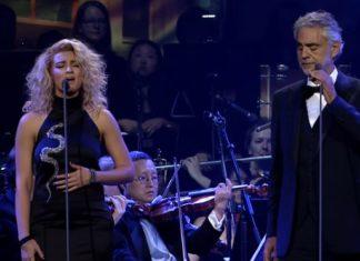 Un duo entre le ténor Andrea Bocelli et la chanteuse Tori Kelly ... Phénoménal !│MiniBuzz