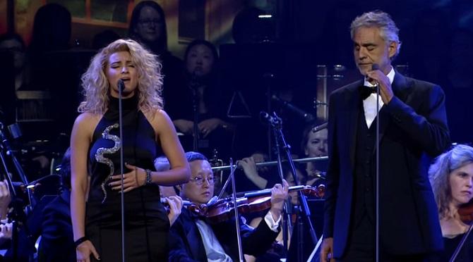 Un duo entre le ténor Andrea Bocelli et la chanteuse Tori Kelly … Phénoménal !