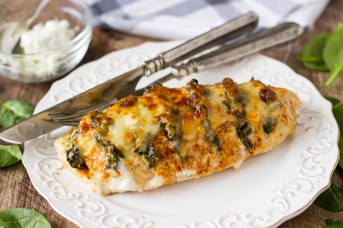 Voici une recette simple pour préparer le poulet Hasselback : impossible de résister!
