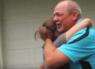Il a vendu sa voiture par amour pour sa famille : après des années il va avoir une surprise incroyable