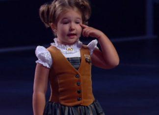 Elle a seulement 4 ans et parle déjà couramment 7 LANGUES. Écoutez... Vous n'y croirez pas!