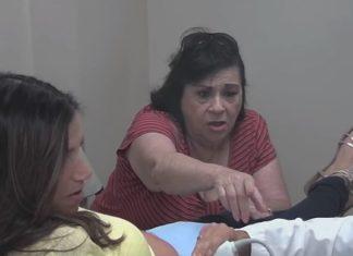 Elle accompagne sa fille à son échographie, quand elle voit le visage des bébés, c'est le choc de sa vie! │ MiniBuzz