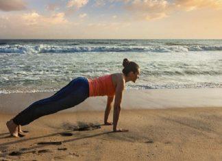 10 super exercices pour raffermir votre ventre juste à temps pour l'été! │ MiniBuzz