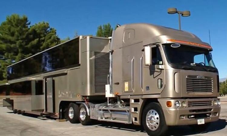 La maison mobile de Will Smith est plus luxueuse que vous arrivez à vous imaginer!