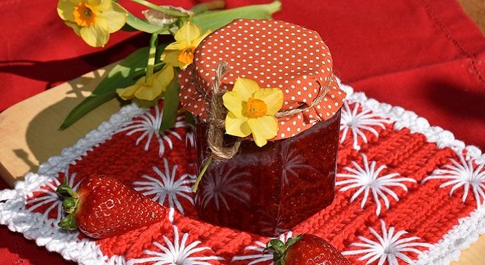Préparez votre propre confiture de fraises : idée délicieuse de recette.